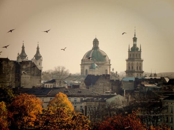 Картинки по запросу Львов стал туристическим центром