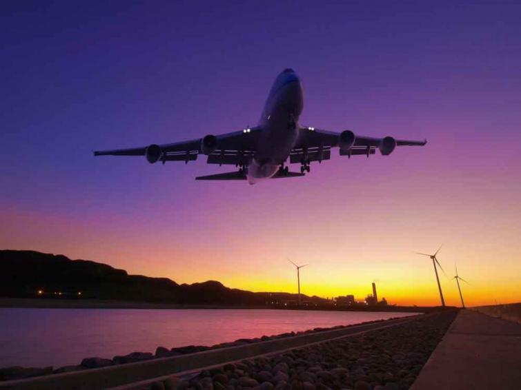 Картинки по запросу літак в небі