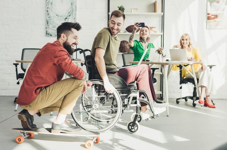 Не треба вітати! 6 речей, які варто зробити у День людей з інвалідністю | Українська правда _Життя
