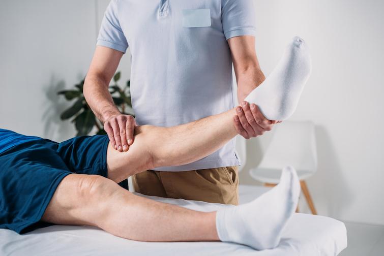 Які послуги під час медичної реабілітації можна отримати безкоштовно.  Пояснює НСЗУ   Українська правда _Життя