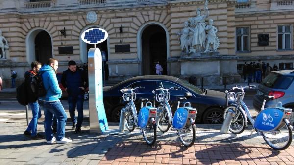 13a8f21ecb1bd1 Від сьогодні у Львові працюватиме велопрокат. Фото NextBikeUkraine, Facebook