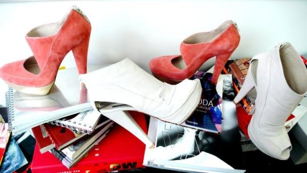 Звиклим до комфортної ходи дівчатам дизайнери запропонують як звичні  мокасини з тонкої шкіри чи замші d7082eed93f15