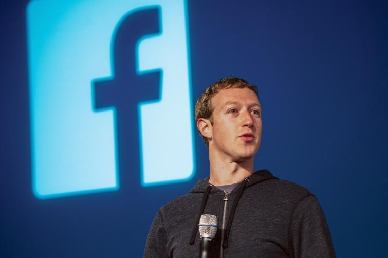 Facebook надасть пріоритет устрічці місцевим новинам